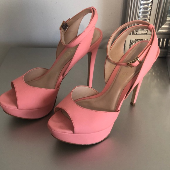 Barbie SHOES PEACH ANKLE STRAP PLATFORM PUMPS